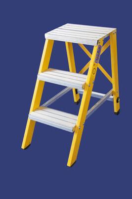 """סולם מדרגות קבוע מפיברגלס מקצוענים-3 מדרגות-""""חגית"""""""